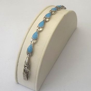 Indian Bracelet with Teardrop Turquoise design
